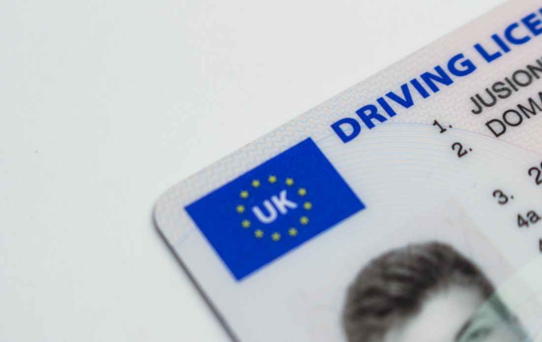 document id uk driving license driving licence